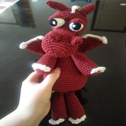 Peluche dragon en crochet -...